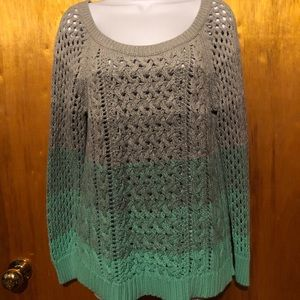 American Eagle Outfitters Sweater Size Large